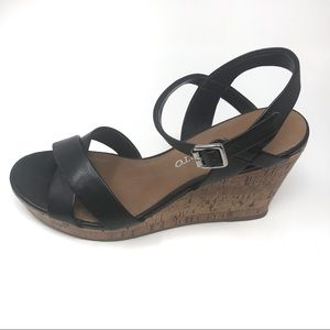 Franco Sarto black ankle strap wedges size